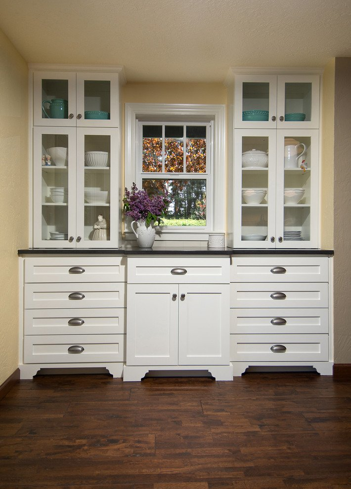 Becker Kitchen by 8 Inch Nails Construction