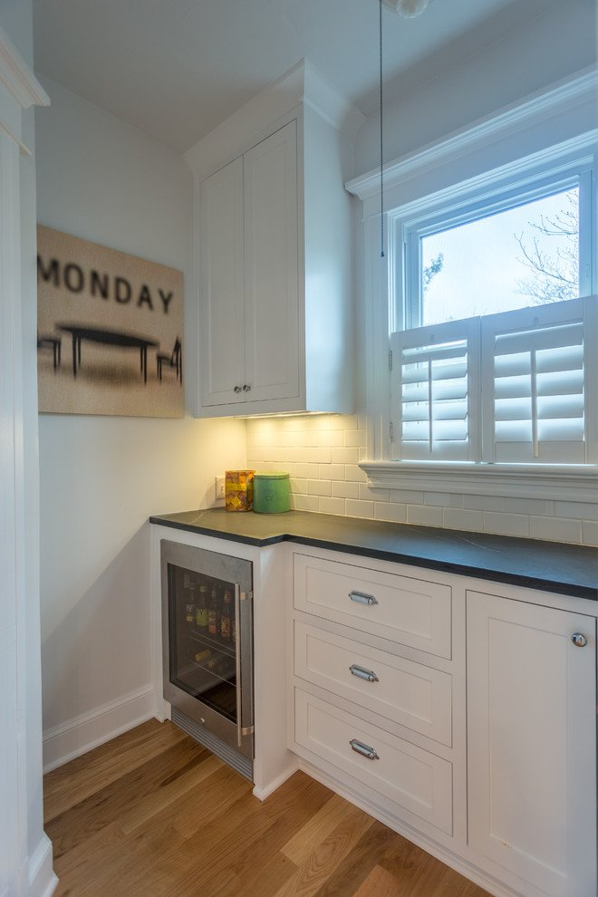 Lindquist Kitchen by 8 Inch Nails Construction