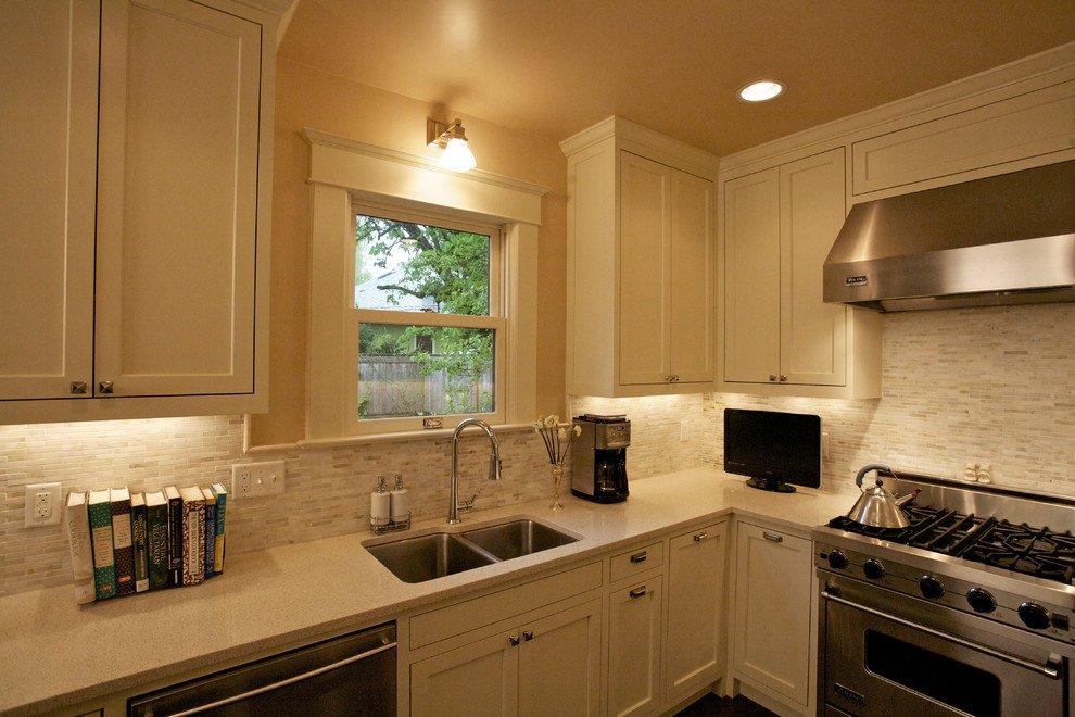 Sullivan's Gulch Kitchen by 8 Inch Nails Construction